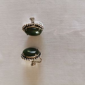 Silver Tone Earrings Green Stone Screw On Earrings